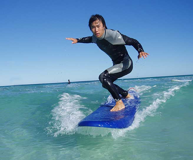 Surfing lessons Perth Level 1 Surf Course