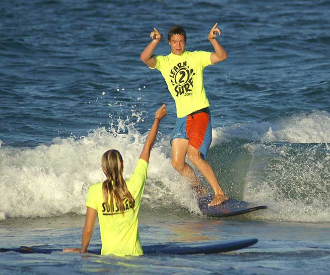 Level 1 Surf Course Perth Sue and Jack Surfing
